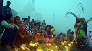 Chhath Puja 2017 Date & Time in Uttar Pradesh: October 26 Sunset and 27 Sunrise Timings in Lucknow, Varanasi, Allahabad and Kanpur