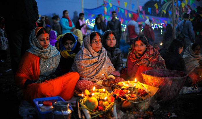 Chhath Puja 2020 Date and Time: इस दिन मनाया जाएगा बेहद खास पर्व छठ, जानें क्या है पूजा और पारण का शुभ मुहूर्त - Chhath puja important dates also know the time