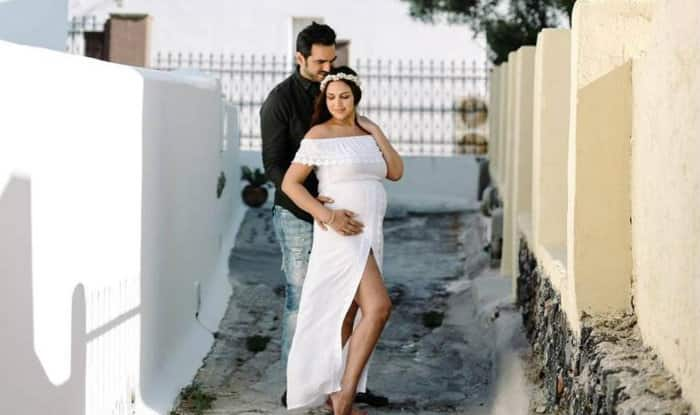 Esha Deol and Bharat Takhtani bring their baby girl home