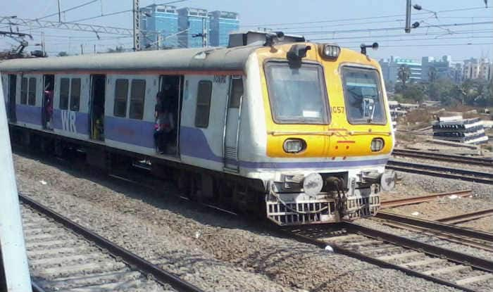 Mumbai Local Train Services on Slow Line Affected Due to Track Fracture at Matunga Railway Station