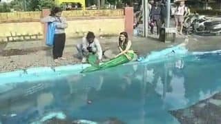 Bengaluru: Artist Turns Pothole Into Mermaid Pond to Protest Recent Deaths