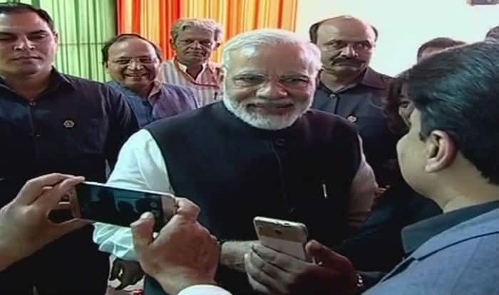 PM Modi meets journalists at 'Diwali Milan', recalls good old days