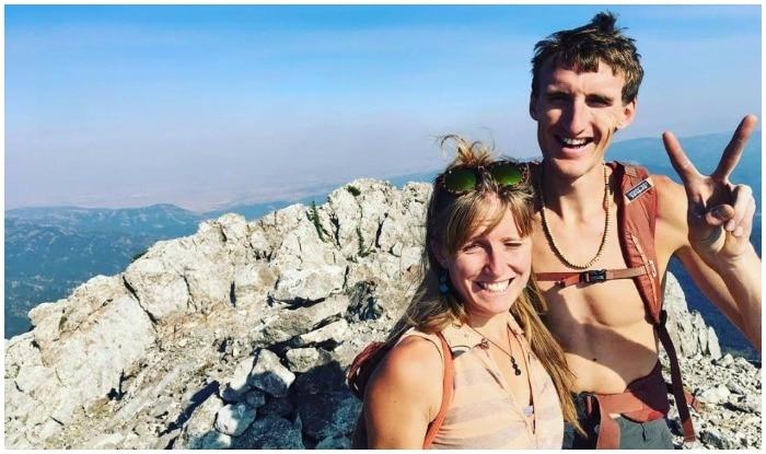 एक मशहूर पर्वतारोही ने खुद को मौत की नींद सुला ली. इस पर्वतारोही ने ऐसा इसलिए किया क्योंकि मोंटाना में एक हिमस्खलन में इसकी आंखों के सामने गर्लफ्रेंड की मौत हो गई थी...