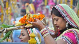 Chhath Puja 2018: जानें कब से शुरू हो रहा है छठ का महापर्व, देखें छठ पूजा 2018 कैलेंडर