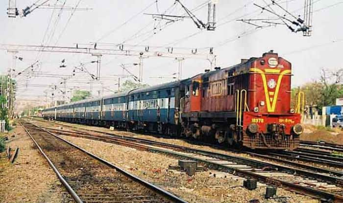 Upper Age Limit For Aspirants in RRB Recruitment is 27, Clarifies Railways