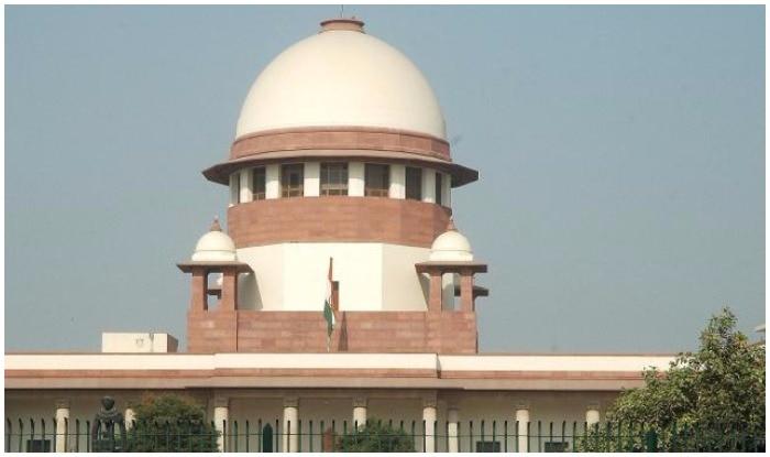 समलैंगिकता को जुर्म बताने वाले कानून पर सुप्रीम कोर्ट फिर करेगा विचार  Supreme Court (Image: ANI)