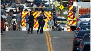अमेरिका: वॉलमार्ट स्टोर के बाहर गोलीबारी, तीन की मौत