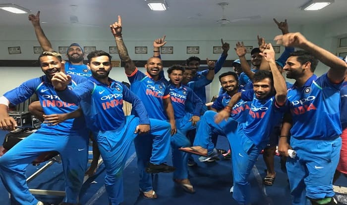 Indian Cricket Team Home: India Vs New Zealand: Virat Kohli Posts A Picture Of Team