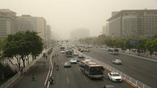 दिल्ली वालों को मिली थोड़ी राहत,प्रदुषण का स्तर हुआ कम, वायु गुणवत्ता अभी भी खराब