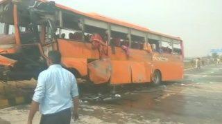 Uttar Pradesh: 1 Killed, 45 Injured After School Bus Turns Turtle on Yamuna Expressway, 5 Critical