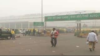 Another Smog-Covered Morning in Delhi, 10 Trains Cancelled, Over 41 Delayed Due to Poor Visibility