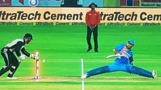 India vs New Zealand Second T20I: MS Dhoni Trolled On Twitter After Team India Lost At Rajkot