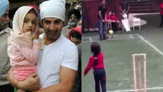 Gautam Gambhir's Daughter Aazeen Bowls to Daddy, Leaves Twitterati Stumped with Her Cuteness (Watch Video)