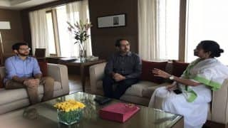 Shiv Sena Chief Uddhav Thackeray Meets West Bengal CM Mamata Banerjee, Calls Her Brave And Powerful Leader