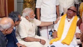 चेन्नई में करुणानिधि से मिले पीएम मोदी, सियासी पंडितों को हैरत में डाला
