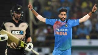 India vs New Zealand: Jasprit Bumrah Comes to Mohammed Siraj's Rescue, Giving Some Encouragement