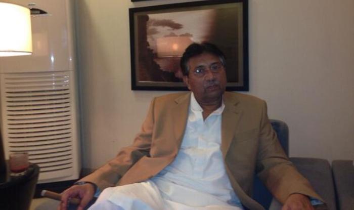 मुशर्रफ ने इमरान खान को भी ऐसे समूह से हाथ मिलाने की सलाह दी. फाइल फोटो: @P_Musharraf