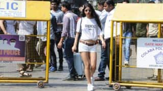 Suhana Khan's T-Shirt Costs More Than Rs 50,000 But Get Shah Rukh Khan's Daughter's Dressing Style In Less Than Rs 5000