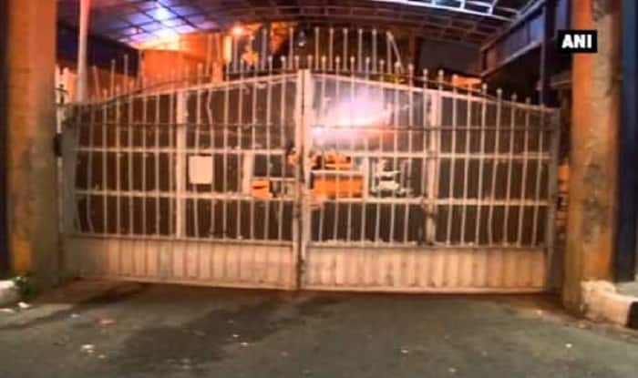 Mobile Phones, Drugs, Knives And Cash, Prisoners at Tihar Jail Get Them All: Report
