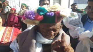 Himachal Assembly Elections 2017: India's Oldest Voter Shyam Saran Negi Cast His Vote in Kinnaur, Says Everyone Must Work in Nation's interest