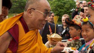 चीन से स्वतंत्रता नहीं बल्कि और ज्यादा विकास चाहता है तिब्बत: दलाई लामा