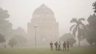 Delhi Pollution: Delhi's Air Quality Turns Worse With Low Wind Speeds and Falling Temperature