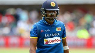 श्रीलंका के कप्तान चंदीमल पर धीमी ओवर गति के लिए 2 मैच का बैन, भारत के खिलाफ नहीं खेल पाएंगे