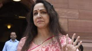 मथुरा से मुंबई रवाना हुईं हेमा मालिनी, लौटकर मध्य प्रदेश में चुनाव प्रचार में जुटेंगी