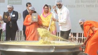 Khichdi Enters Guinness Book of World Records! Chef Sanjeev Kapoor, Baba Ramdev Adds The 'Tadka'