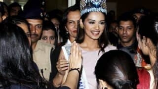 Miss World Manushi Chhillar Gets A Warm Indian Welcome At The Airport - View Pics