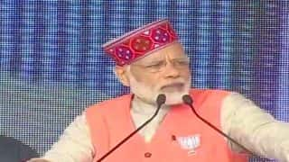 Himachal Pradesh Assembly Elections 2017: PM Narendra Modi Takes Dig at Congress Manifesto Promising Zero Tolerance on Corruption, Cites CM Virbhadra Singh's Case