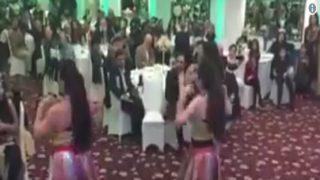 कश्मीर के नाम पर 'मुजरा पार्टी' में मांगा जा रहा फंड