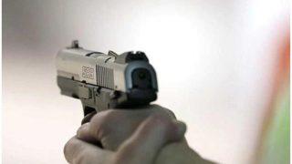 नोएडा में बेखौफ लुटेरों ने 6 घंटे में तीन सुरक्षा गार्डों से लूटीं बंदूकें