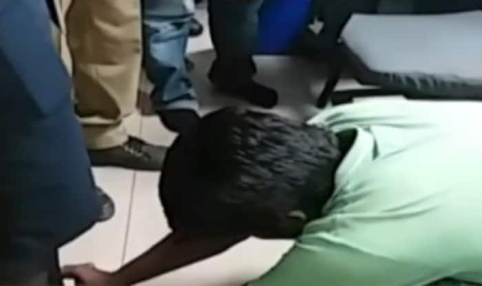 Harassed IndiGo female staffer force drunk students to touch her feet