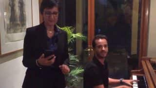 Australian High Commissioner to India, Harinder Sidhu Sings 'Dilbar Mere' Along With Raghav Sachar (Video)