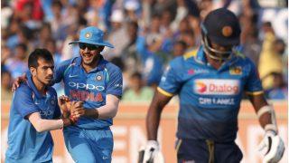 विशाखापट्टनम वनडे: श्रीलंकाई टीम 215 रनों पर ढेर