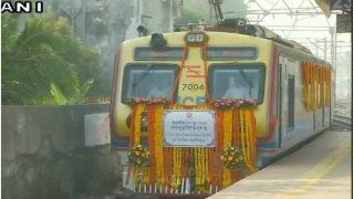 मुंबई के यात्रियों को तोहफा, शुरू हुई देश की पहली एसी लोकल ट्रेन