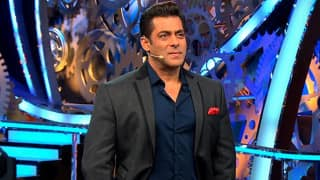 Bigg Boss 11 December 16 2017 Full Episode LIVE Update: Salman Khan Uses Honey Coated Words To Insult Arshi Khan