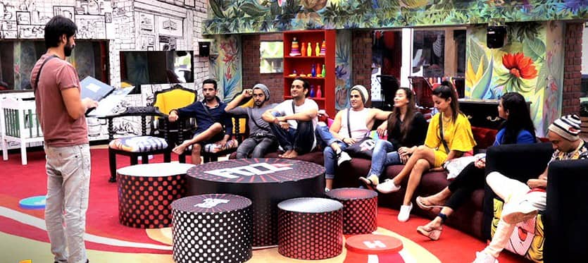 Bigg Boss 11 December 5 2017 Written UpdateVikas Gupta Calls Arshi Khan A Naagin