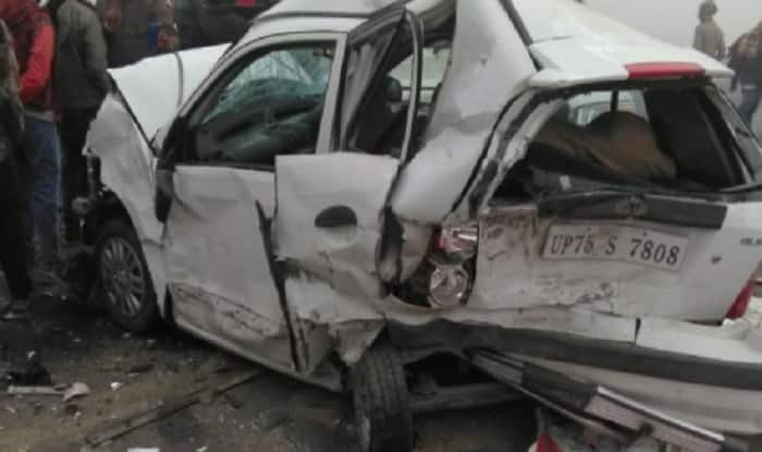 10 Cars Collide on Lucknow-Agra Expressway Due to Dense Fog, Several Injured