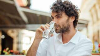 5 Tips to Drink Water the Right Way, According to Ayurveda