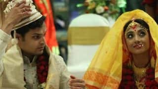 Hate Story Actress Paoli Dam Ties The Knot With Her Long Time Beau, Arjun Deb, In A Traditional Bengali Ceremony