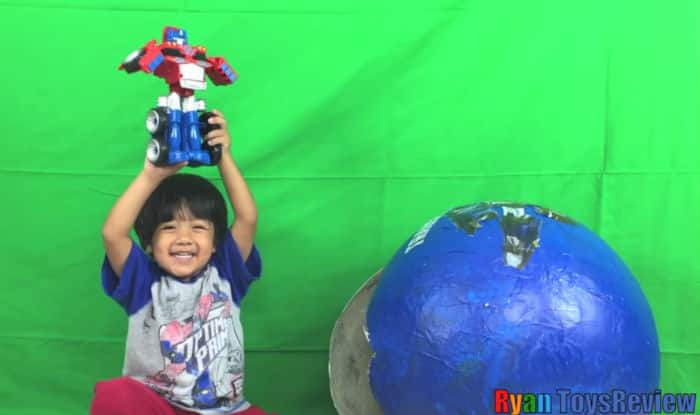 Year-old YouTube star earns $11M reviewing toys