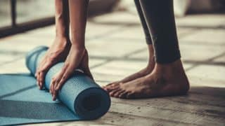 How to Clean Your Yoga Mat: 3 Best Ways to Clear Stains and Dirt from Your Yoga Mat