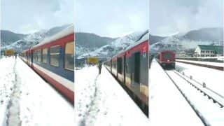 Video of Train Passing From Banihal Railway Station in Kashmir Gives A Breathtaking View of Snow Covered Valley