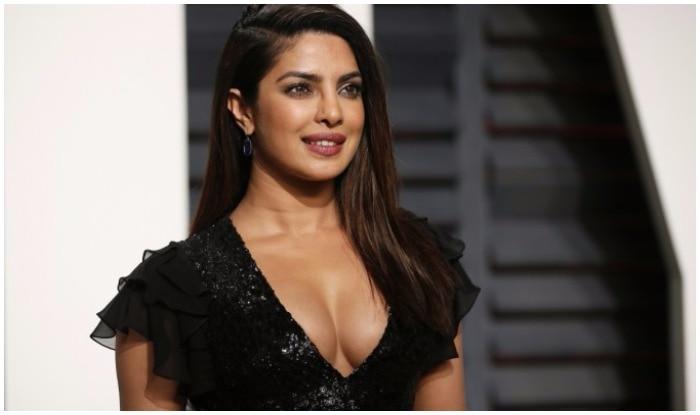Zee Cine Awards 2018 Priyanka Chopra To Charge A Whopping