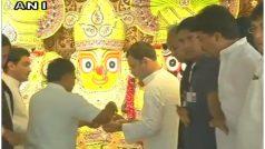 गुजरातः आखिरी दिन भी भक्ति की होड़, राहुल ने किए जगन्नाथ मंदिर के दर्शन