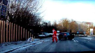 Santa Claus Rescues Woman Who Slipped On Icy Street In UK: Watch Video