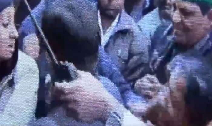 Congress Legislator slaps woman constable, get slapped back