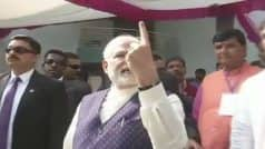 Gujarat Assembly Elections 2017: PM Narendra Modi Casts Vote in Sabarmati's Ranip